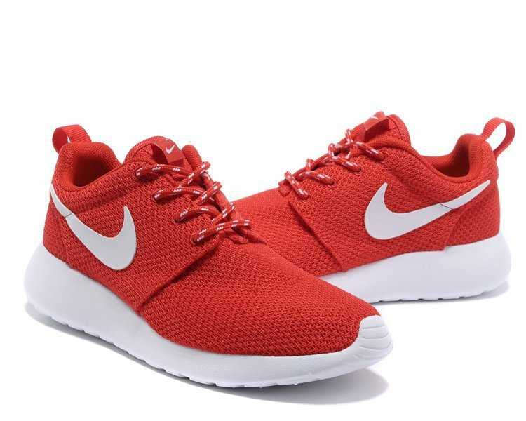 hot sales df4a7 2874f chaussure nike roshe run rouge